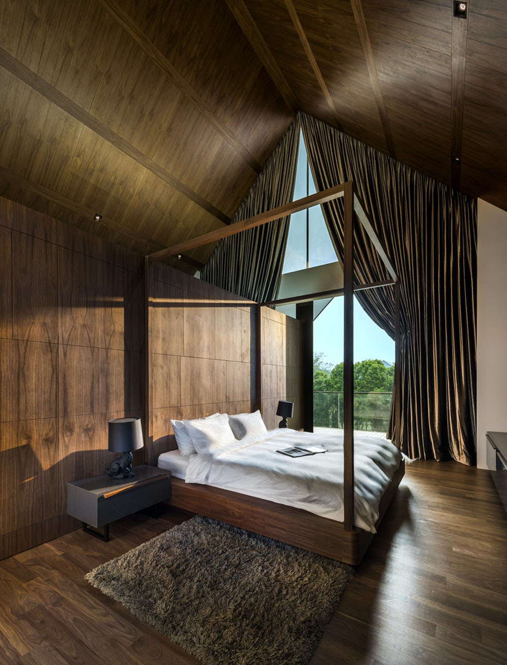 A Norwegian Retreat in the Tropics
